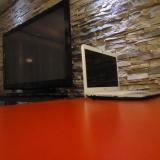 Petit bureau avec un accès internet avec ou sans fil (Wifi).